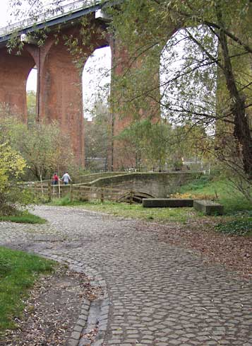 Little Bridge and Byker Bridge arches