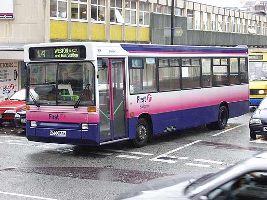 K238KAE Dennis Dart leaves Bus Station