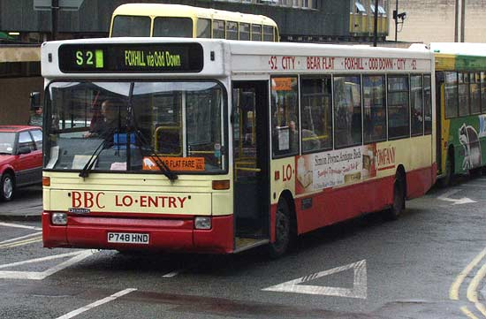 P748HND Dennis Lowfloor Dart leaves Bus Station